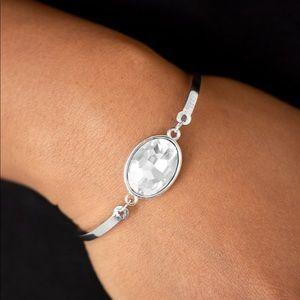 ❤️Definitely Dashing - White Bracelet